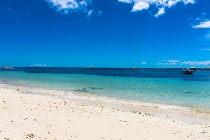 Bohol island in Philippines alona beach 4 .jpg