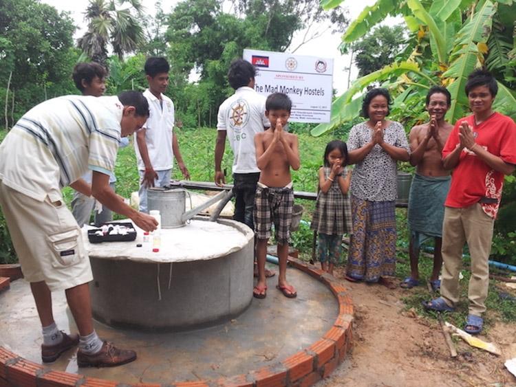 hostels no camboja charity 2