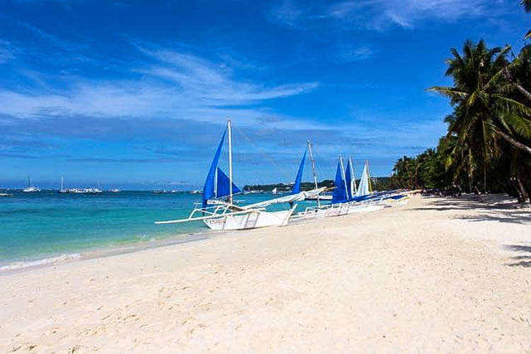 10 How Much does it Cost to Travel in Philippines white beach.jpg
