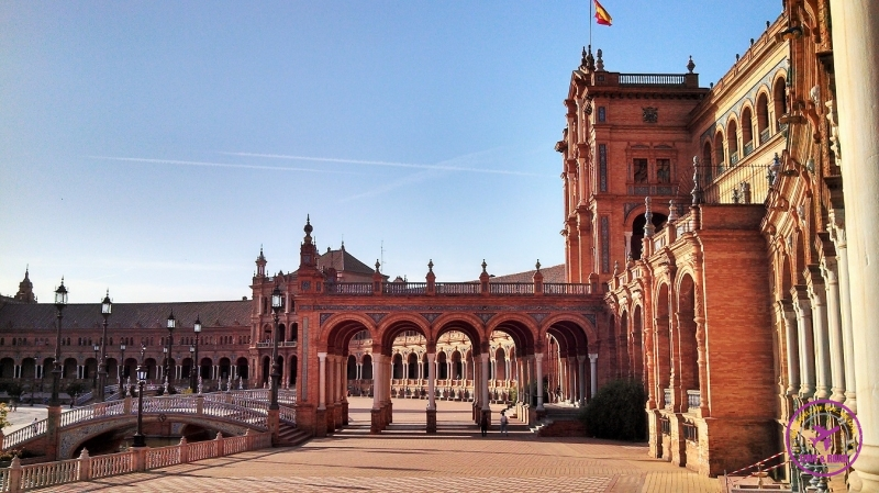 The Andalusian city of Sevilla and its architecture.