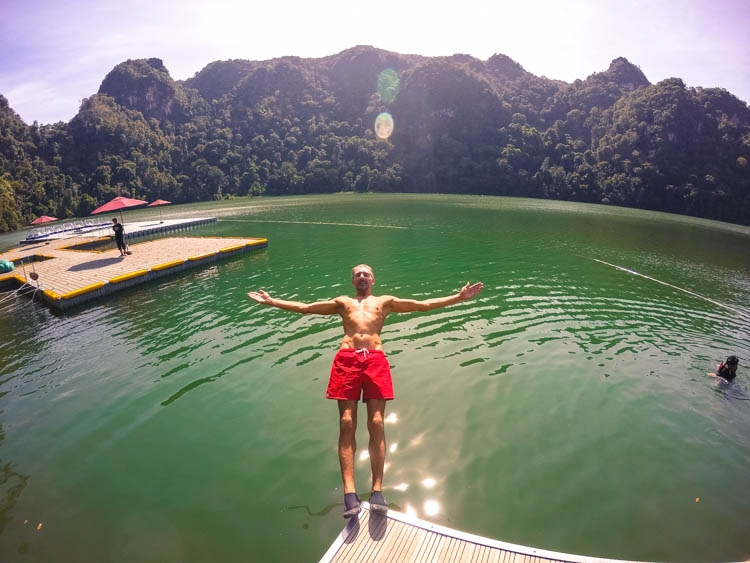 A lake of fresh water in the middle of the sea, only in Langkawi! Top Things to do in Langkawi, Malaysia. Enjoy the island by air, water & land! How to get there and where to stay in Langkawi, Malaysia.