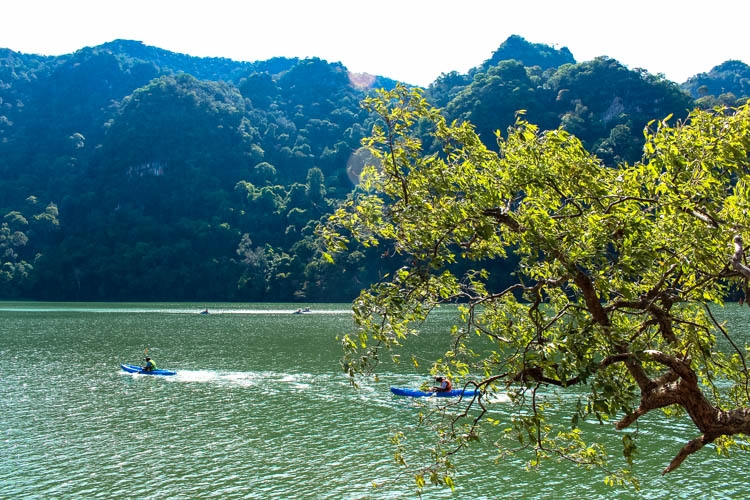 Explore the small islands ! Top Things to do in Langkawi, Malaysia. Enjoy the island by air, water & land! How to get there and where to stay in Langkawi, Malaysia.