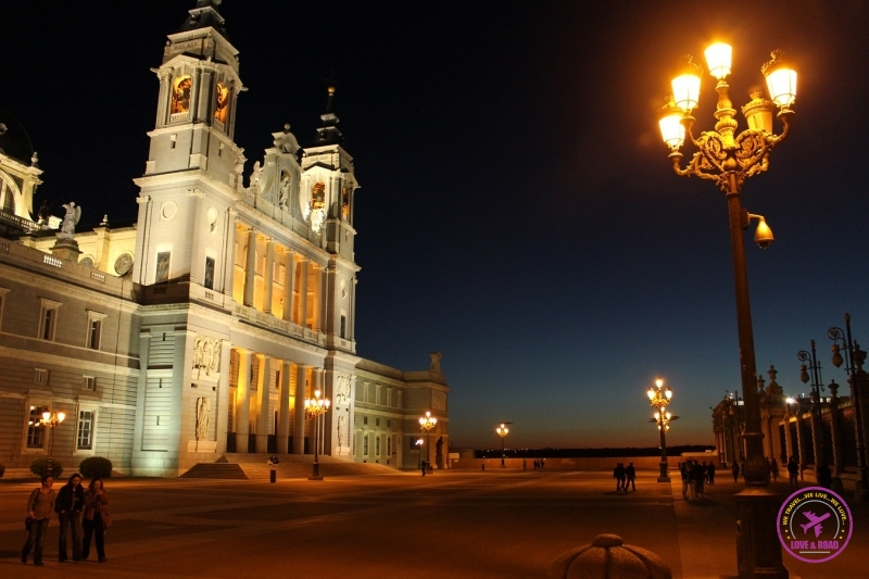 Catedral de La Almudena, em Madri.