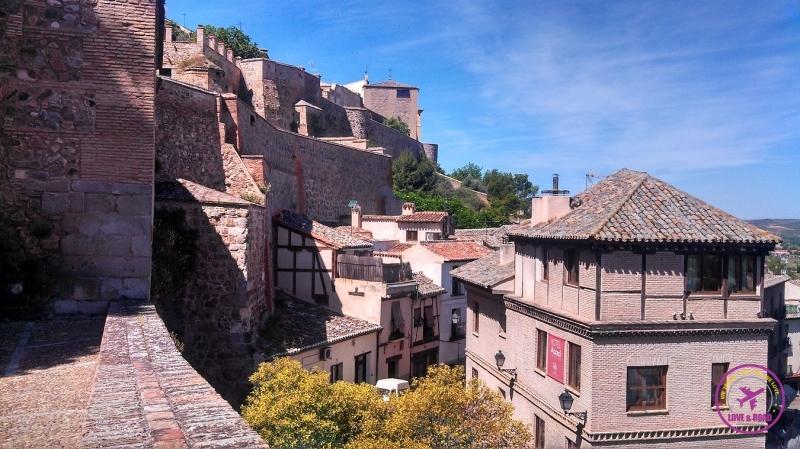 Vista da arquitetura da cidade de Toledo.