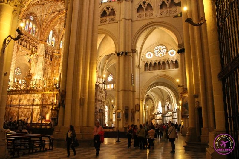 interior catedral em Toledo