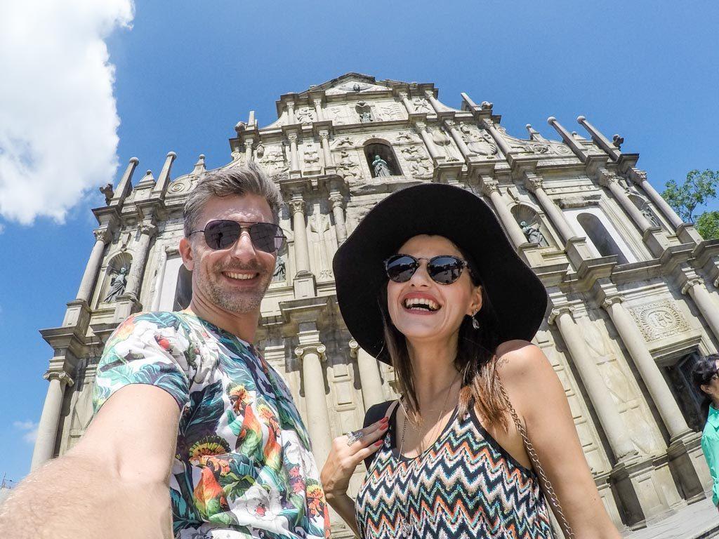 Rob & Nat são os brasileiros responsáveis pelo Blog de Viagem Love and Road. Apaixonados por viagem, aventuras e contar histórias, os dois percorrem o mundo compartilhando dicas de viagem e relatos inspiradores.