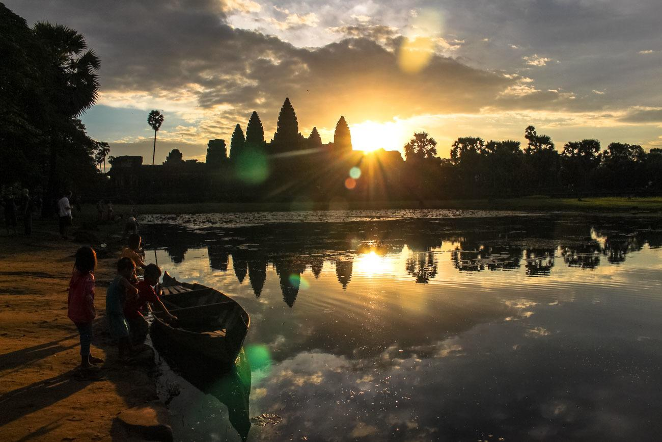 Best way to visit Angkor Wat » Sunrise to Sunset