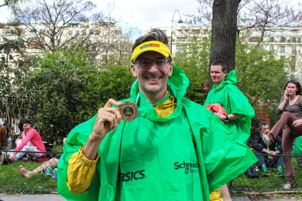 Paris Marathon Review: All you need to know about the race course, the training and travel tips! Organize you trip to Paris Marathon and receive your Medal!
