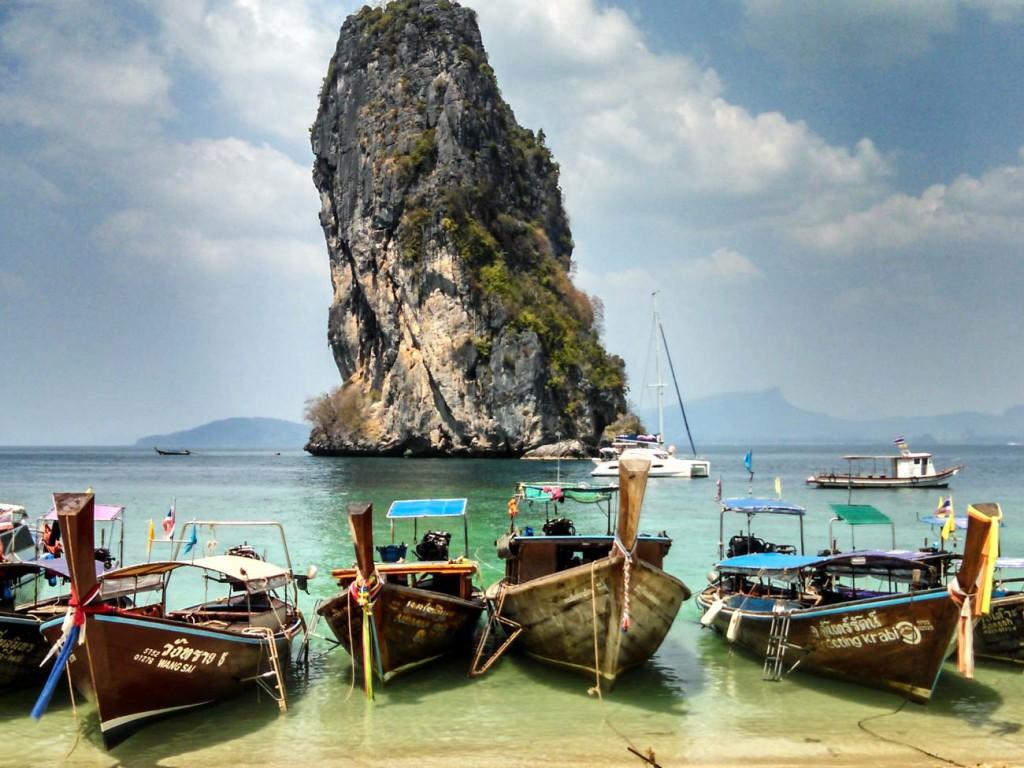 Porque viajar para as ilhas da Tailândia? Porque é o paraíso na terra! Todos os dias você vai acorda e ver essa paisagem incrível!