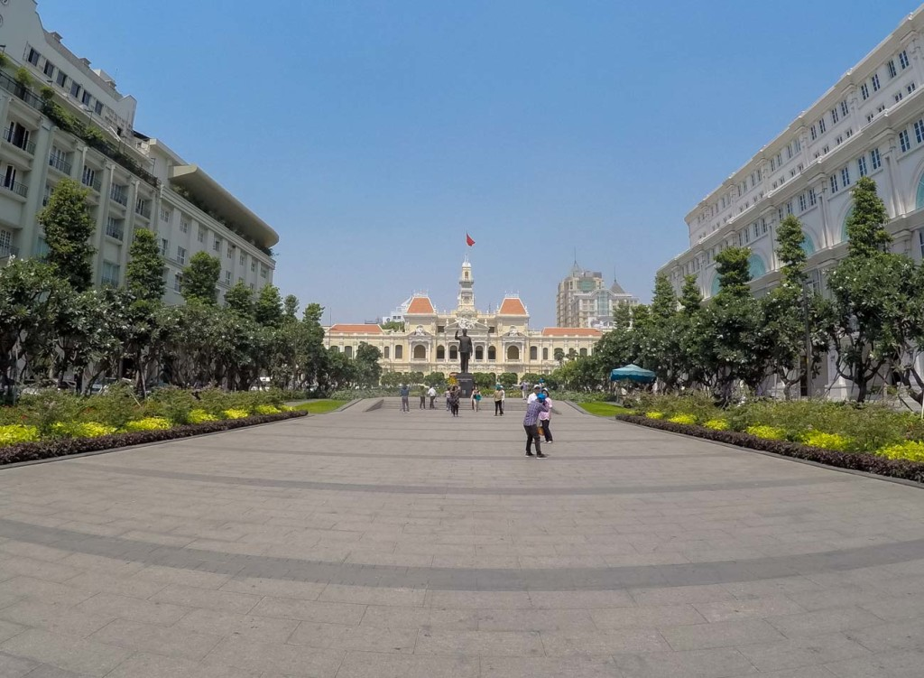 An ultimate guide to the top things to see in Ho Chi Minh City, Vietnam. Where to stay, transportation, attractions in Ho Chi Minh City and safe issues.