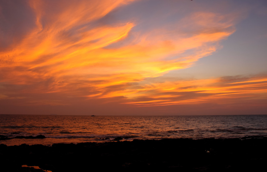 Thailand Honeymoon is unforgatable! Sunset at Koh Lanta!