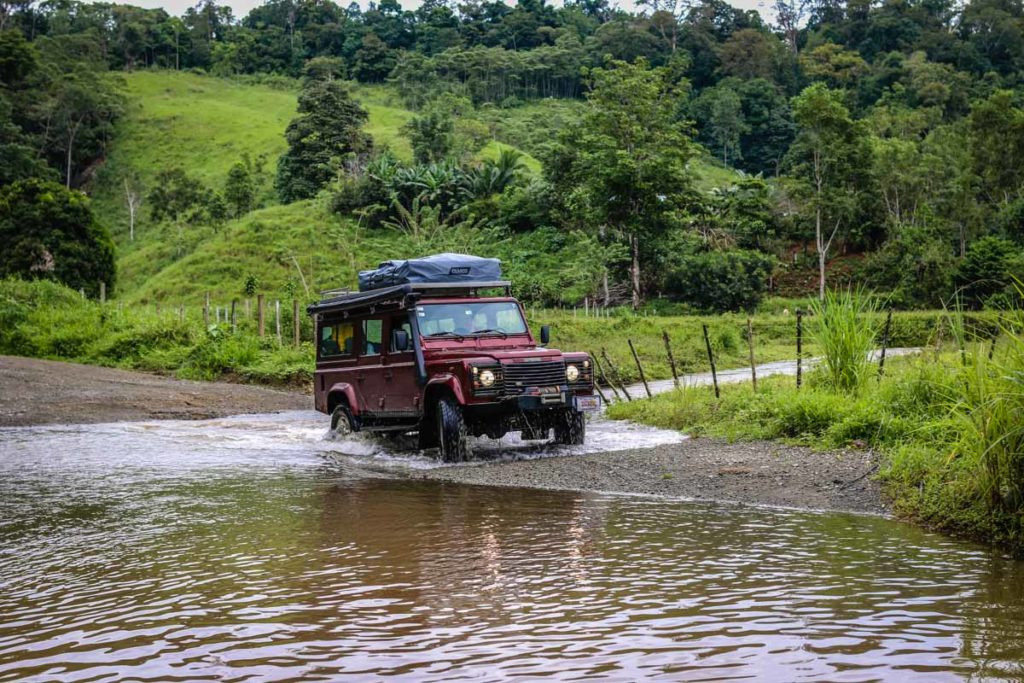 Driving in Costa Rica you will be able to explore the whole country. For a good and comfy trip you need a 4X4 rental car!