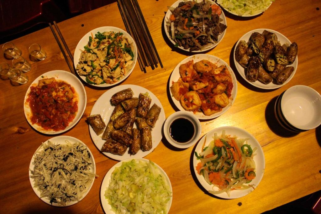 To recharge the batteries and keep going on our adventure trekking in Sapa mountains we eat a lot. Delicious food prepared by local people.