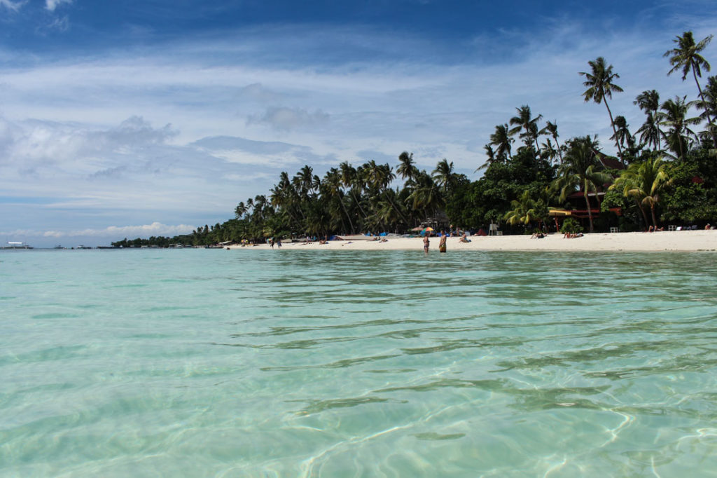 Alona is the best beach in Bohol and packed with restaurants and bar, a proper romantic places in the Philippines.