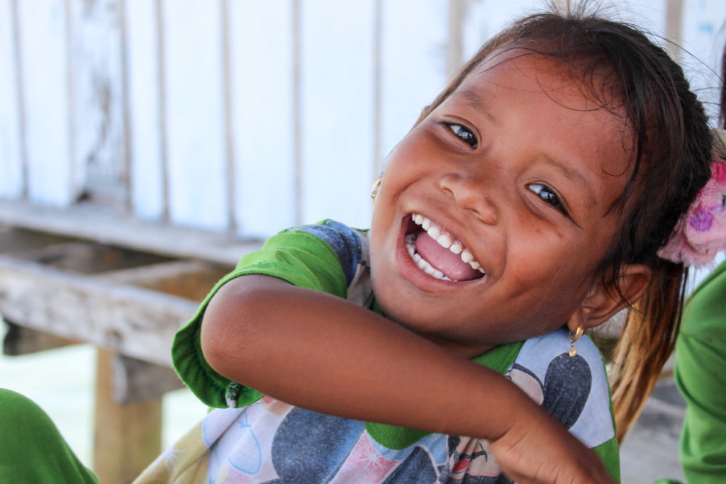 The life at the Bajo tribe can be tough and simples, but they know how to be happy!