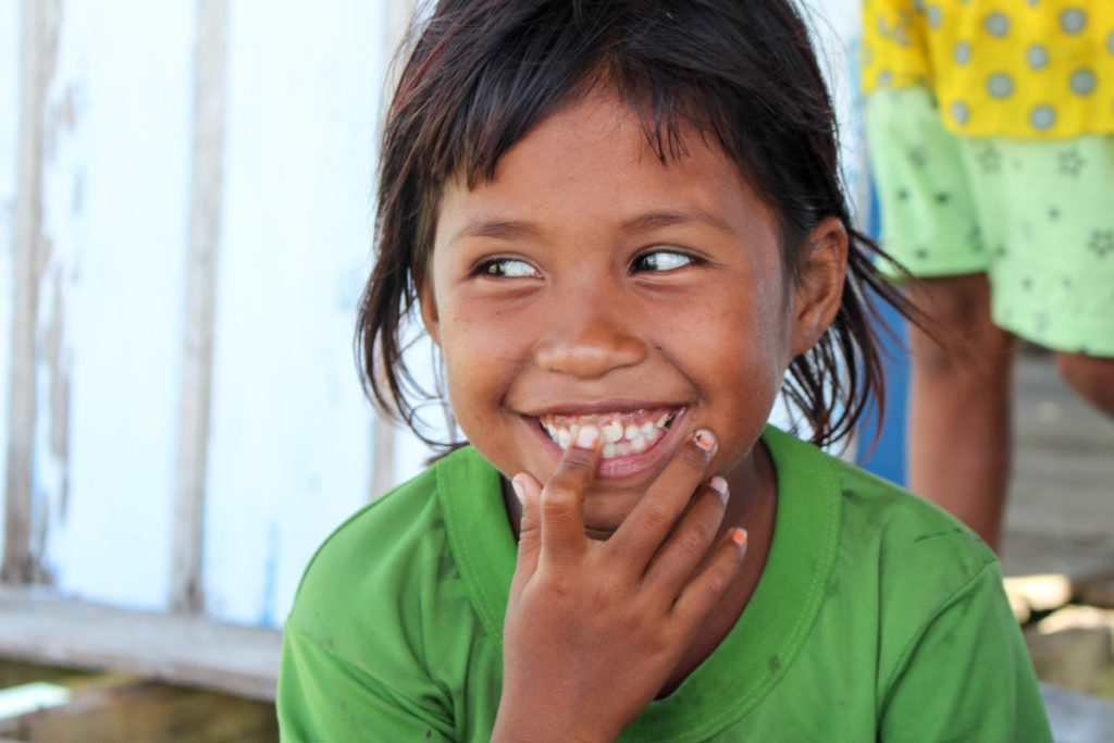 My heart melt while visiting the Bajo Tribe, so beautiful kids.