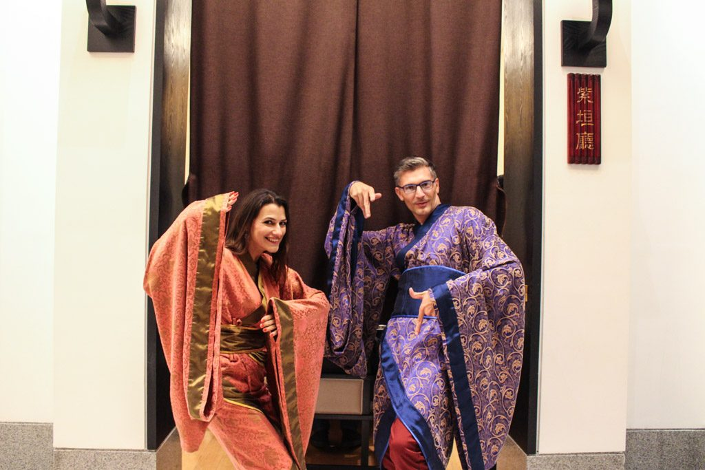 The best part of the dinner is to dress with ancient Chinese clothes. What a fun thing to do in Xi'an!