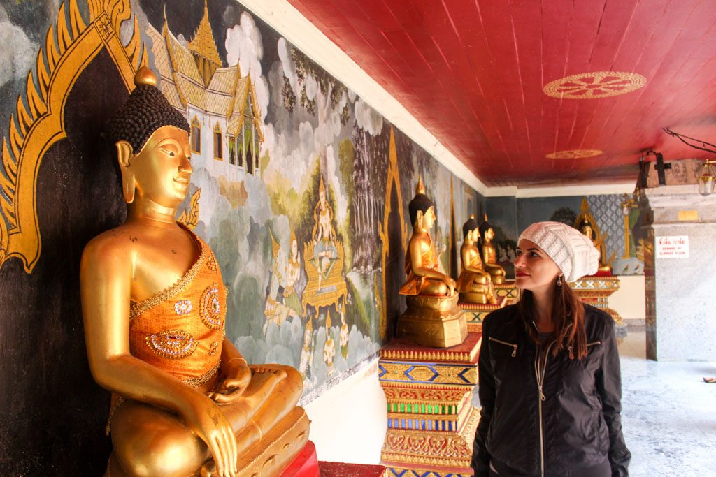 What to do in Chiang Mai? Temple hoping, there are over 300 temples in Chiang Mai.