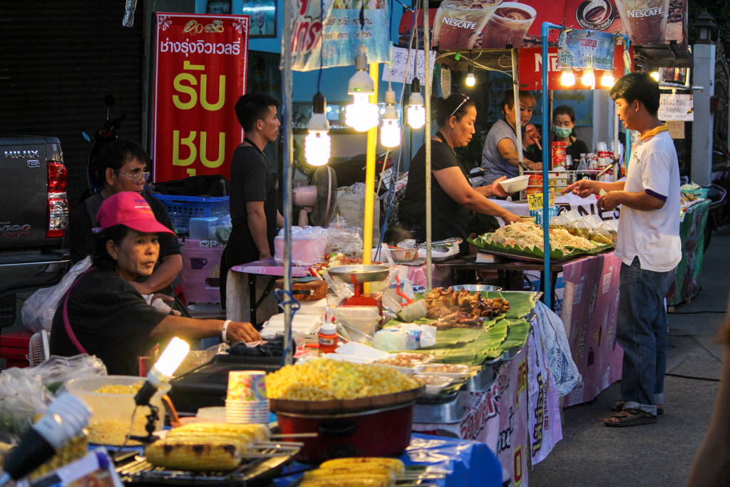 What to do in Chiang Mai? Attractions and Our Favorite Spots