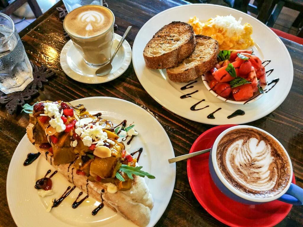 What to do in Chiang Mai when you are hungry? Go to The Larder Cafe!