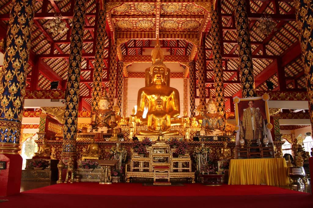 Wat Suan Dok must be in every traveller's list of what to do in Chiang Mai.