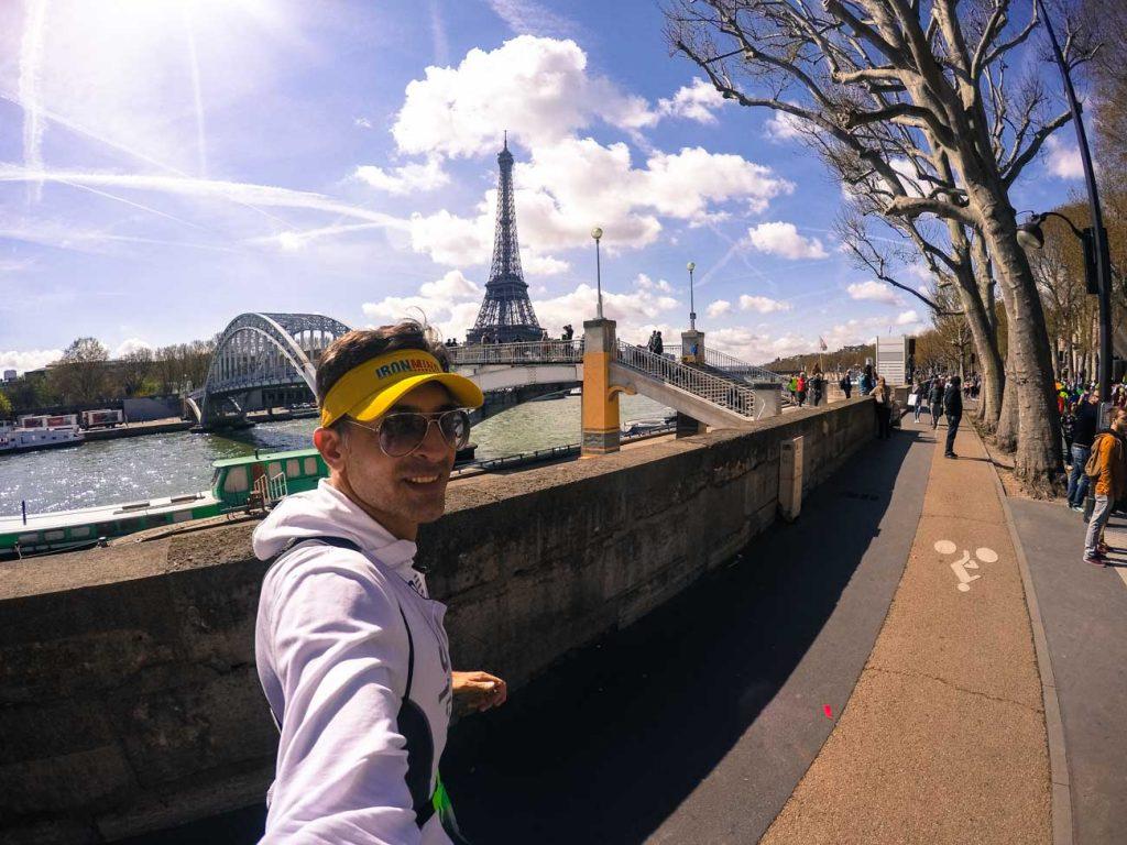 No nosso custo de 2 anos viajando pelo mundo temos experiências incríveis como a Maratona de Paris em 2015