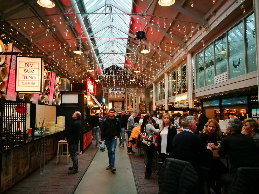 Street Food with a gourmet touch, there are so many things to do in Amsterdam in winter.
