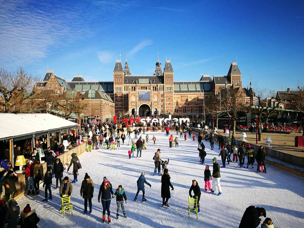During winter in Amsterdam you can ice skating in one of the most famous squares of the city!