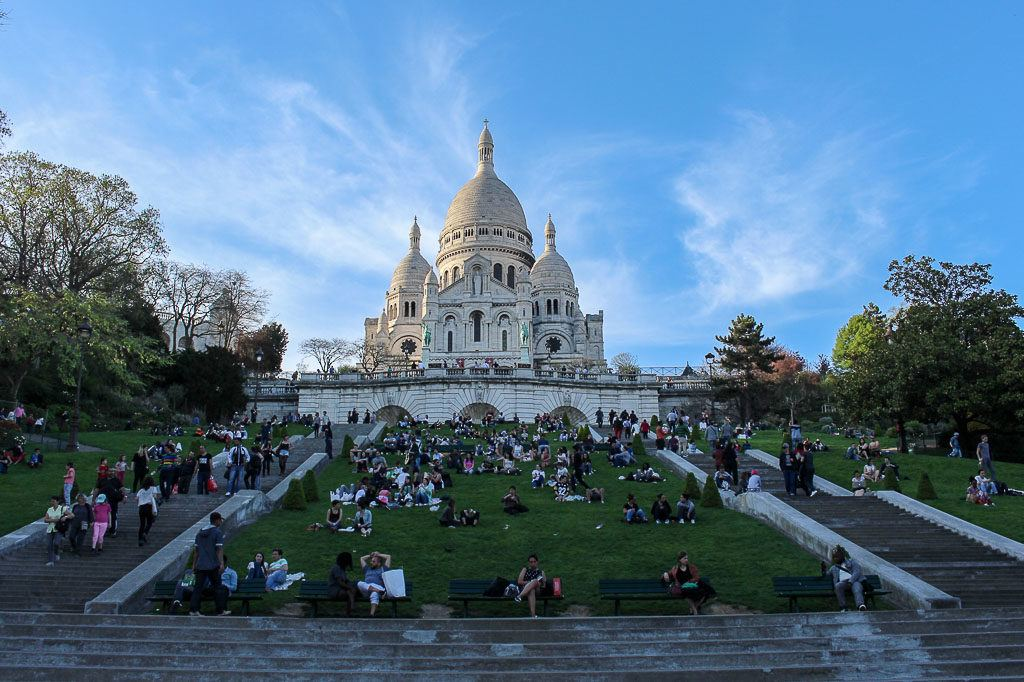 Our list of romantic things to do in Paris is not only about places, but experiences you can have in this amazing city.