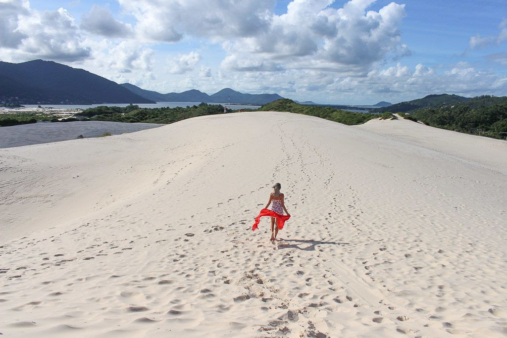 The Joaquina Dunes in one of Florianópolis top attractions. A place you will visit on a Florianópolis day tour.