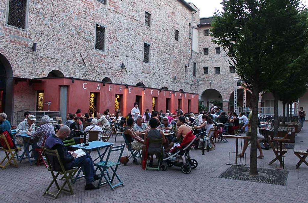After a busy day, if you still have time and energy, go for a traditional Italian aperitif. You will love it.