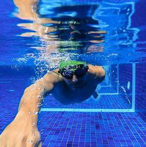 A natação é a modalidade do Ironman 70.3 que menos exige equipamento.