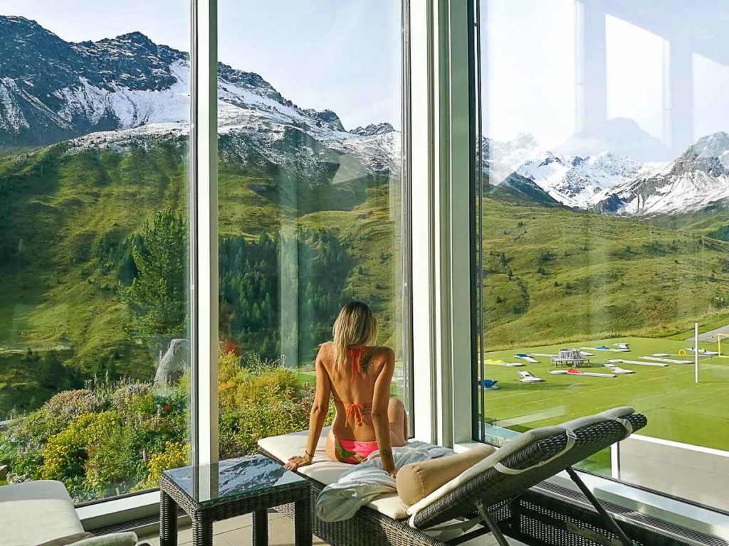 The Arosa Kulm Hotel Spa is open to the public, so if you are not staying at the hotel and you can spend an afternoon there. The Alpin Spa is one of my favorite things to do in Arosa.
