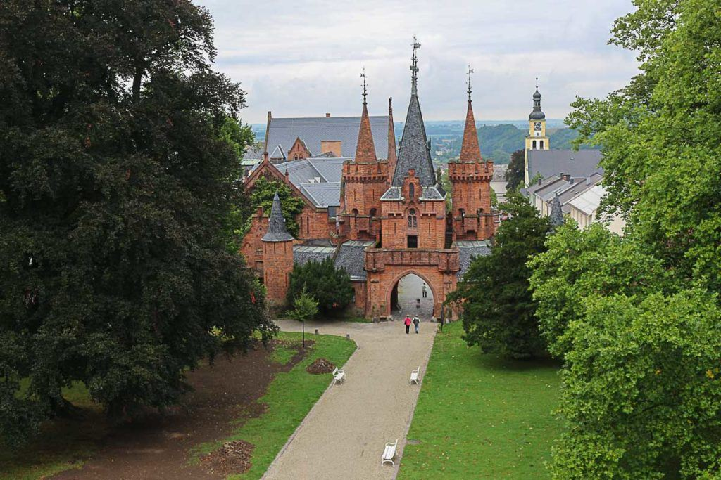 Wanderlust! Follow our travel tips to the best day trips from Ostrava in the Czech Republic.