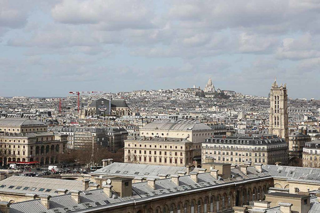 There are so many amazing places to stay in Paris, some might be expensive other not that much. Follow our tips to find the best accommodation in Paris for any budget.