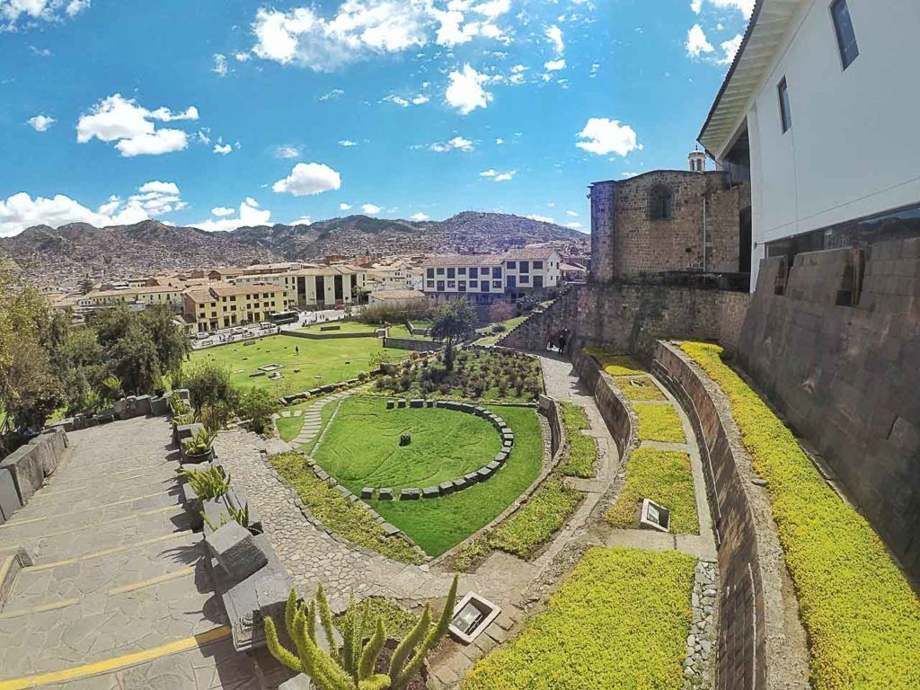 There many attraction in Cusco city, so leave at least 2 or 3 days to visit them and enjoy the local markets in Cusco.