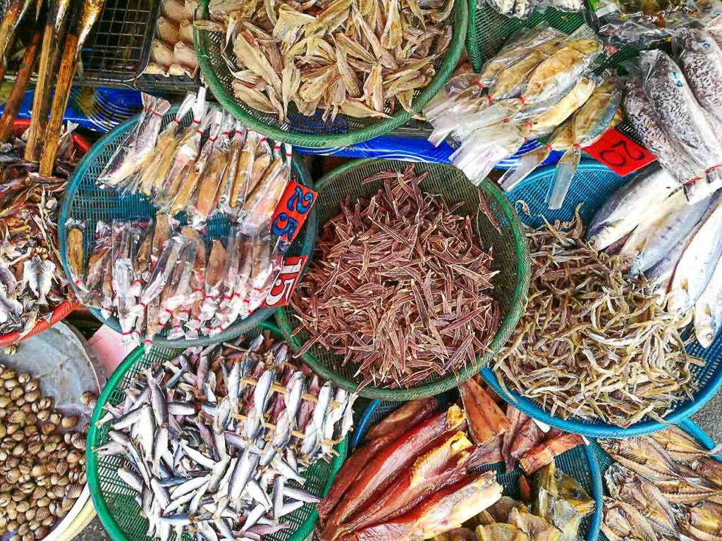 Hat Yai night markets are also a good option for food, you can try many local dishes there.