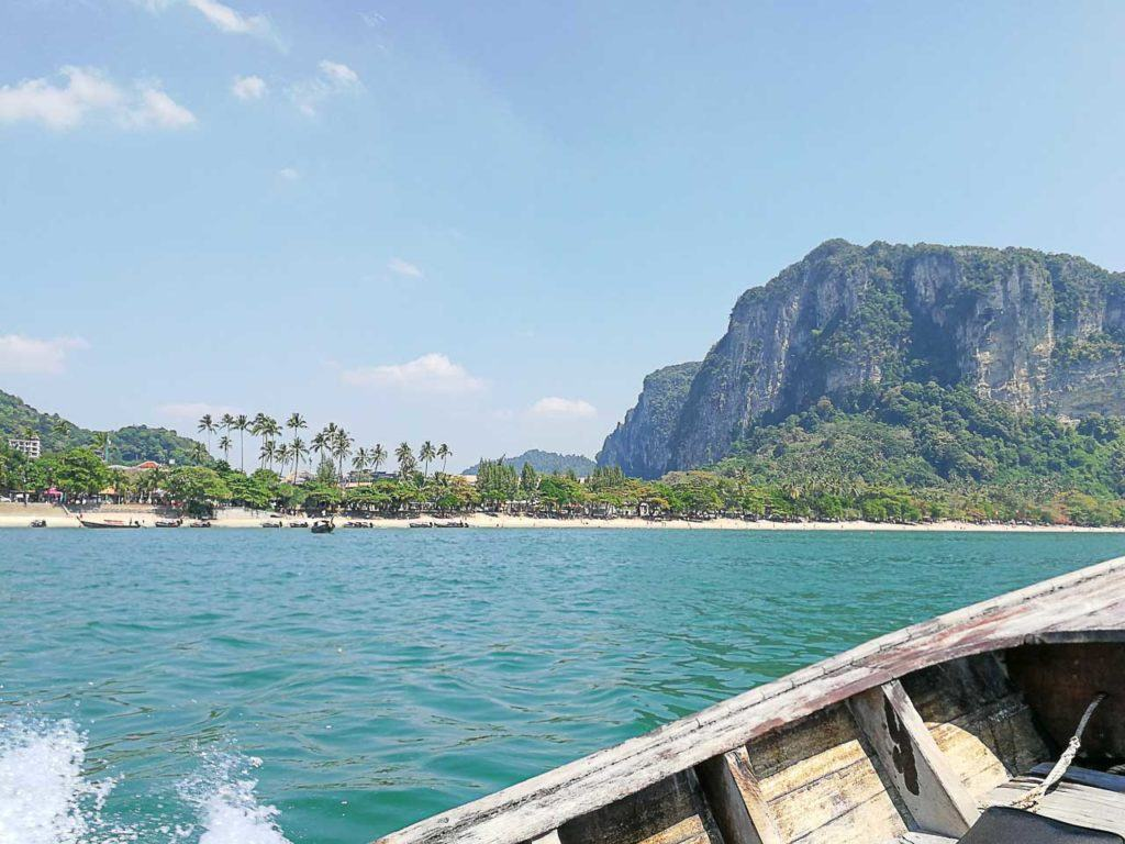 Travel to Krabi Province is easy, there many ways to get to Krabi and Railay Beach.