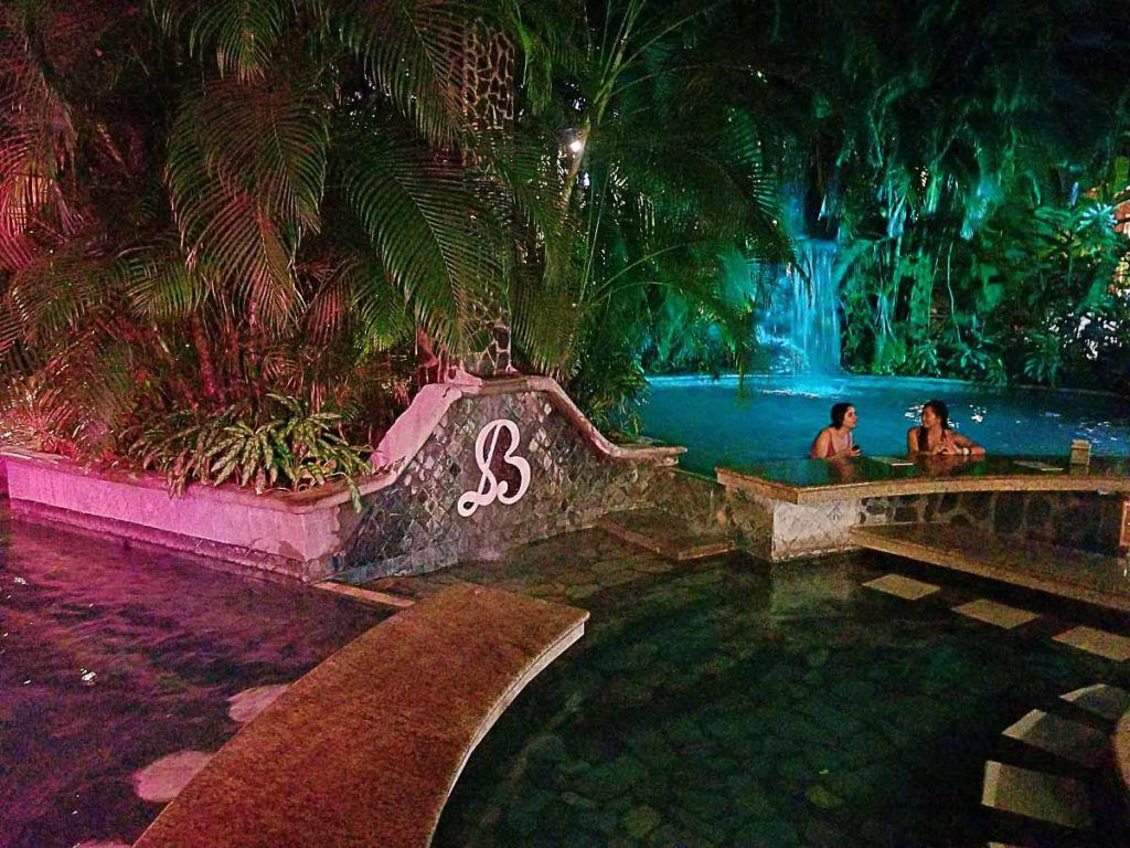 If you want a relaxing stay book your hotel in Arenal close to a hot spring.