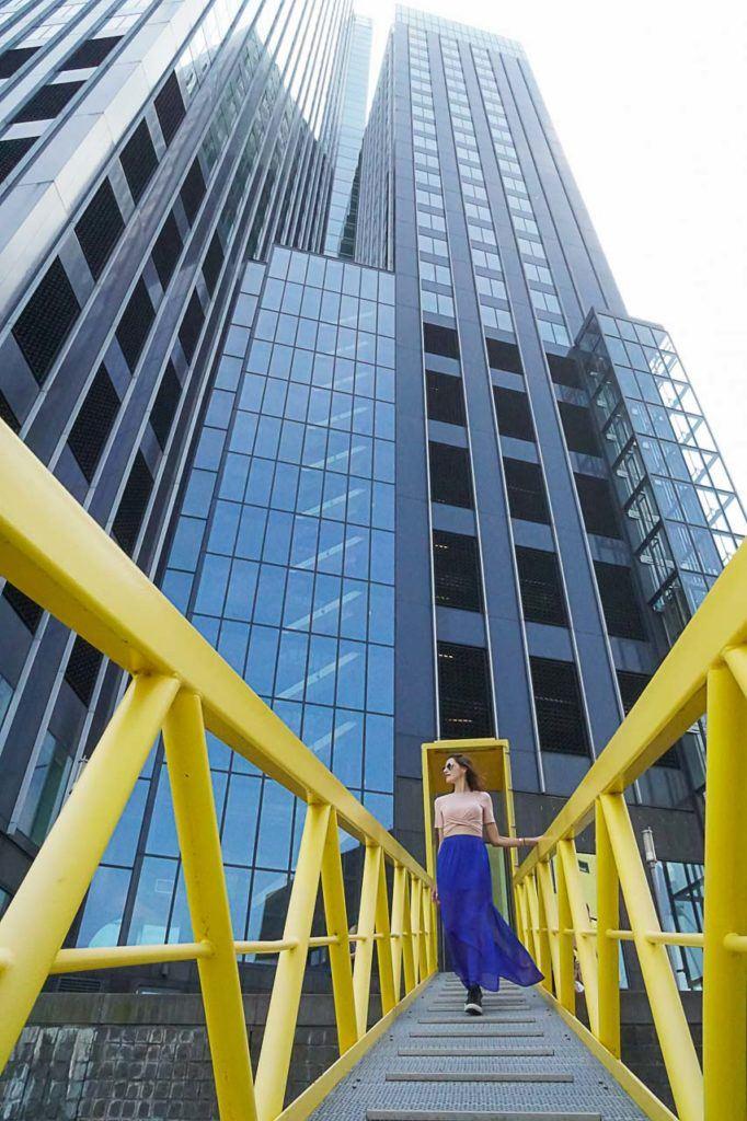 A Arquitetura de Rotterdam é convite a fotografia, os prédios são incríveis e perfeitos para usar como cenário para retratos e selfies.