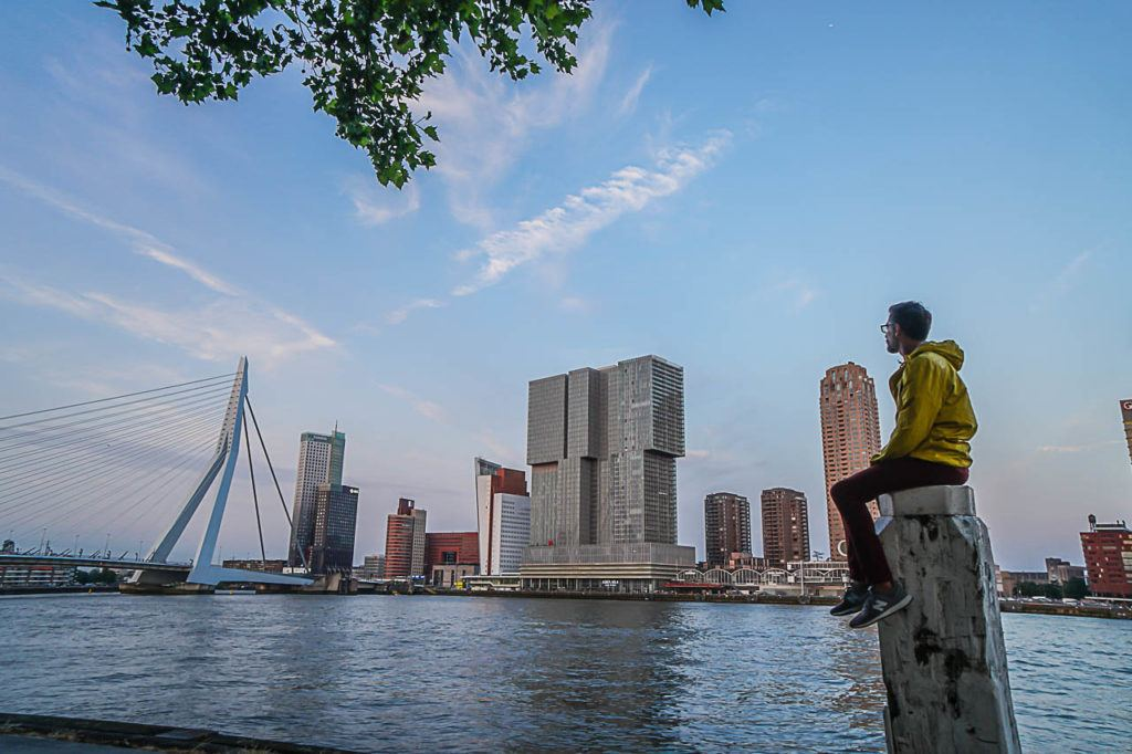 The list of what to do in Rotterdam is gigantic, and admire the modern architecture in on top of the list.