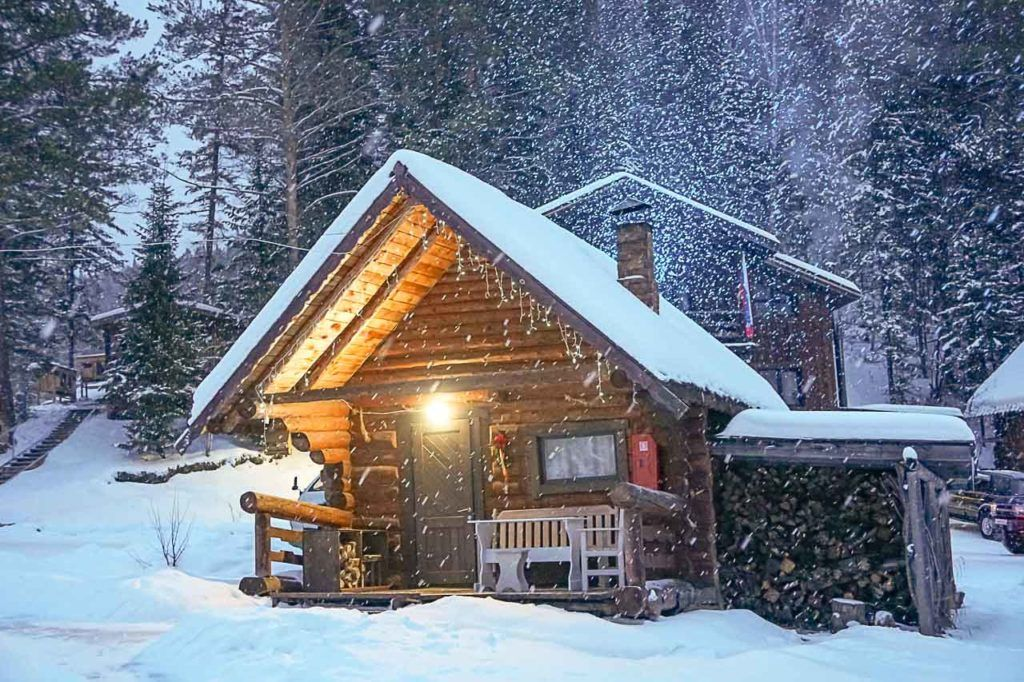 Em Altai, você pode optar por ficar em Belokuhika em um bom hotel ou passar seus dias no meio das montanhas.