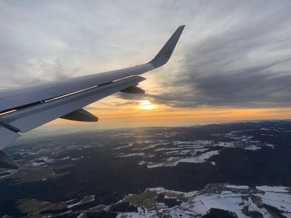 Voar para a Suíça é caro, mas existem maneiras de economizar em transporte comprando o Swiss Travel Pass.