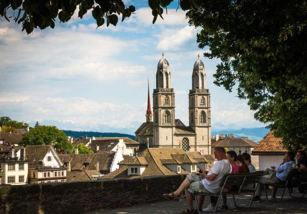 As atrações podem adicionar muito aos seus custos de viagem na Suíça, mas com o Swiss Travel Pass você pode obter descontos na cidade e principais atrações da Suíça.