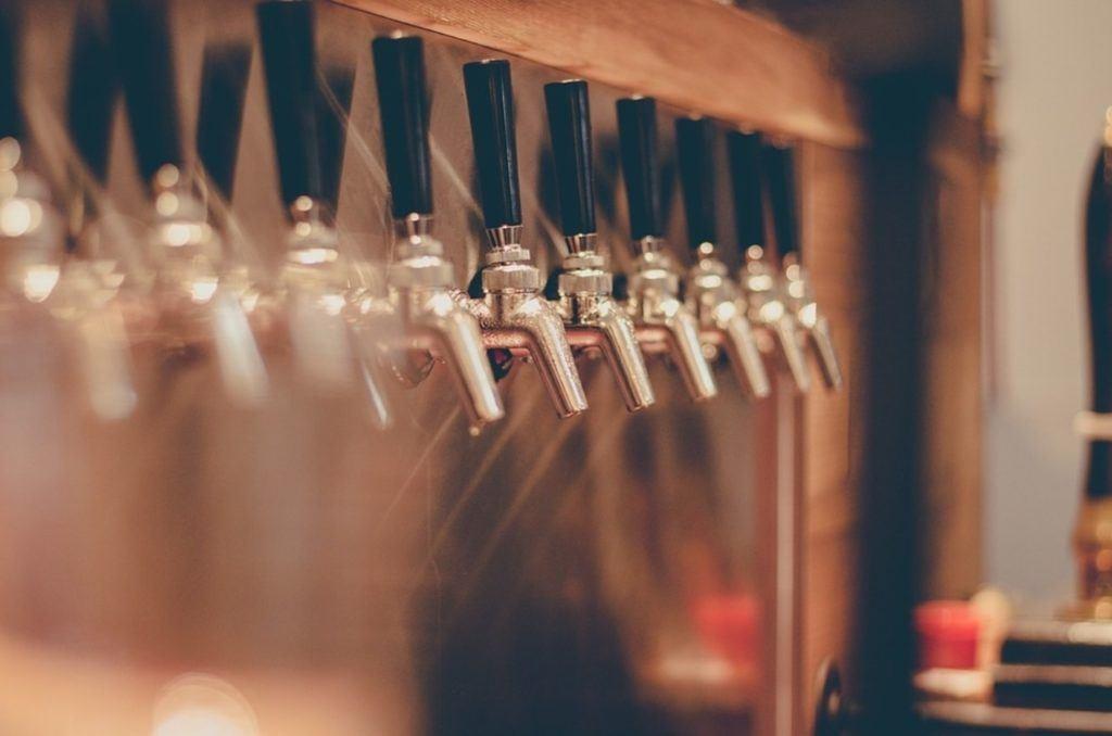 Torneiras de uma das melhores cervejarias de Nova York.