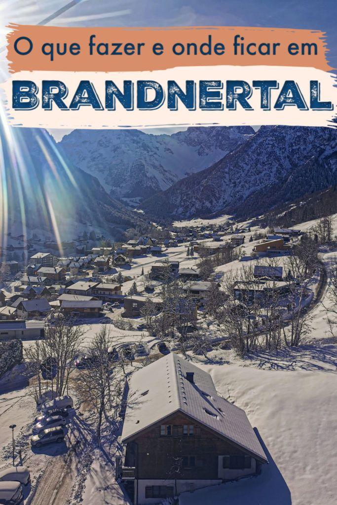O melhor da área de esqui em Brandnertal na região de Vorarlberg, Áustria. Dicas de viagem sobre como chegar lá, recomendações de onde ficar e os melhores hotéis em Brandnertal. Além de uma lista do que fazer em Brand e Bürserberg, as duas principais cidades deste lindo vale nos Alpes Austríacos. De atividades como snowboard e esqui até o que fazer em Brandnertal para não esquiadores. #brandnertalaustria #brandnertalwinter #brandnertalhotel #austria #AlpesAustria
