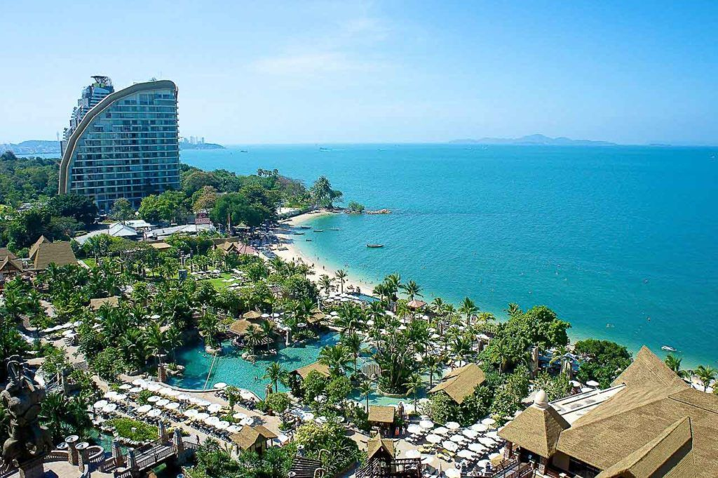 Jomtien Beach is a stunning Pattaya tourist places away from the crowds.