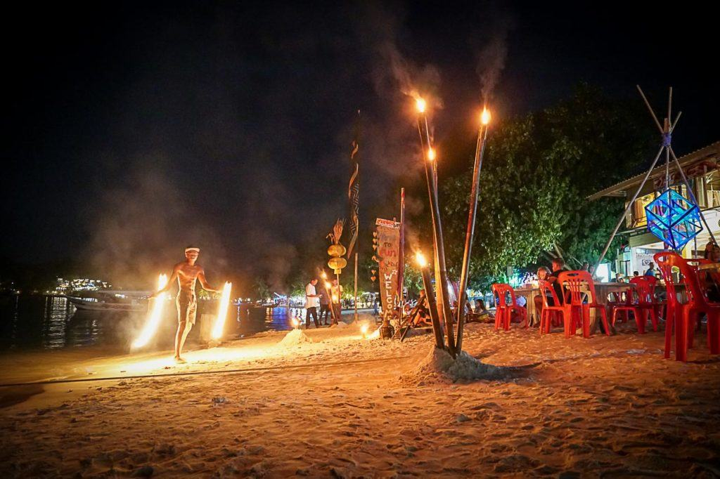 For such a small island, there are many things to do in Koh Lipe at night.