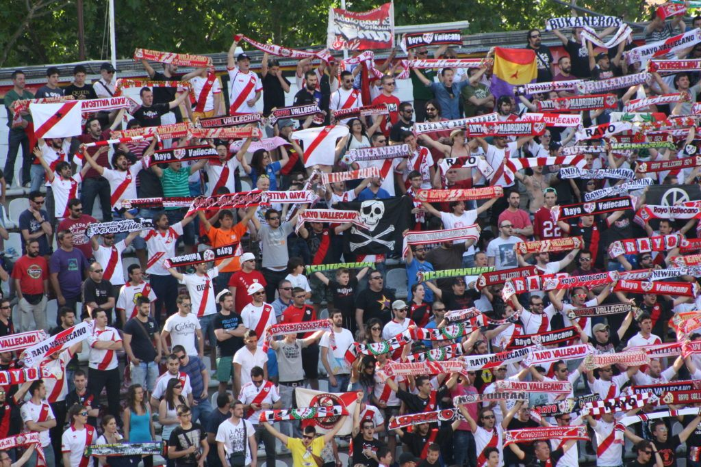 What makes the visit to Teresa Rivero Stadium one of the most different things to do in the city is the Rayo's supporters.