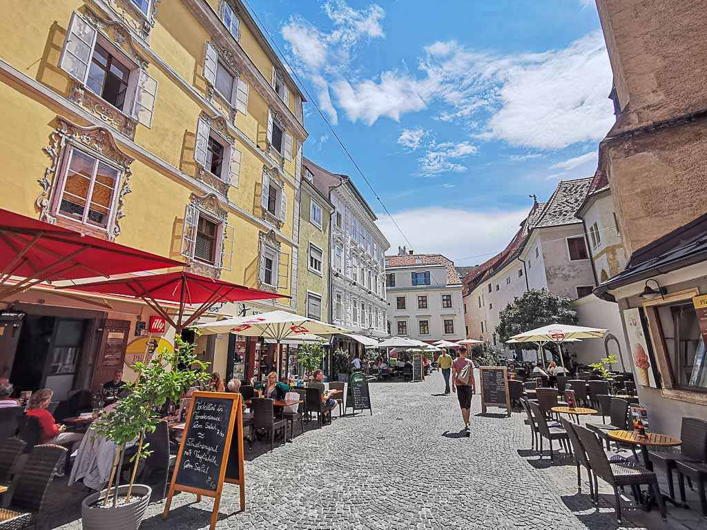 There are many cafes and great restaurants in Graz.